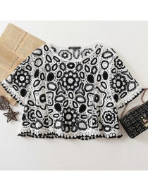 Fashion Black And White Spherical Flower Crochet Contrast Color Sweater