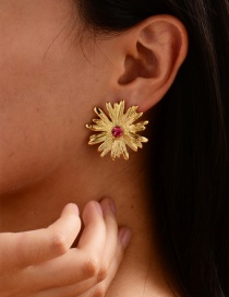 Fashion Rose Red Diamond Small Daisy Earrings
