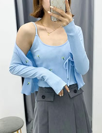 Fashion Blue Floral Embroidery Tether Knitted Cardigan