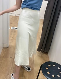 Fashion Creamy-white Wide Hem Solid Color Knitted Skirt