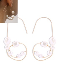 Fashion Golden Pearl Geometric Alloy Earrings