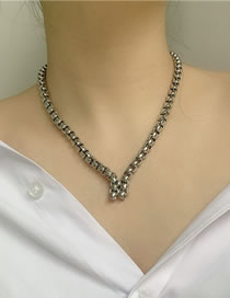 Fashion Silver Chain Gold-plated Pattern Necklace