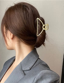 Fashion Triangle Gold Matte Gold Geometric Alloy Hollow Grip
