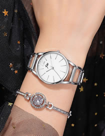 Fashion Silver Large Dial Alloy Bracelet Type Quartz Steel Band Watch