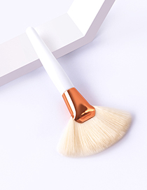 Fashion Single White Handle Big Fan Color Makeup Brush With Wooden Handle And Aluminum Tube Nylon Hair