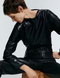 Fashion Black Leather Solid Round Neck Top