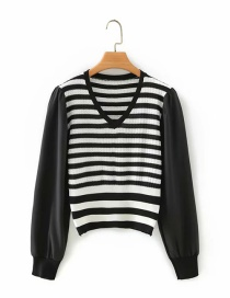 Fashion Red Striped Stitching V-neck Long-sleeved Sweater