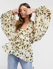 Fashion Animal Pattern Spot Print V-neck Puff Sleeve Shirt