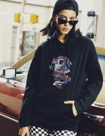 Fashion Black Dragon Print Large Pocket Hooded Sweatshirt