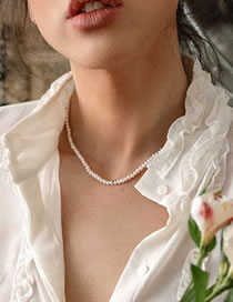 Fashion White Freshwater Pearl Beaded Necklace
