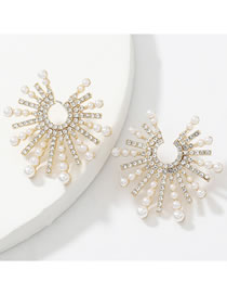 Fashion Gold Color Alloy Diamond Pearl Notched Sun Flower Earrings