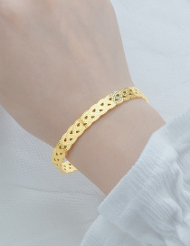 Fashion Golden Stainless Steel 18k Gold Triangle Openwork Carved Open Bracelet