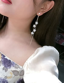 Fashion Multiple Flowers Small Daisy And Diamond Flower Tassel Earrings