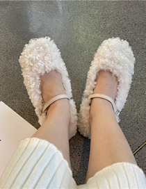 Fashion Creamy-white Sheep Curl And Velvet Round Toe Buckle Flat Shoes