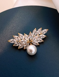 Fashion Full Diamond Wings Pearl Brooch Flower Pearl And Diamond Alloy Geometric Brooch