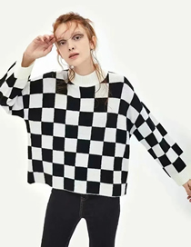 Fashion Black And White Grid Contrast Round Neck Check Sweater