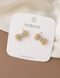 Fashion Golden Pearl Rhinestone Butterfly Combined With Gold Earrings
