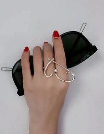 Fashion Golden Metal Hollow Heart Alloy Ring