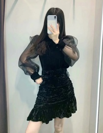 Fashion Black Velvet And Lace Top
