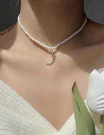 Fashion Moon Pendant Freshwater Pearl Moon Necklace