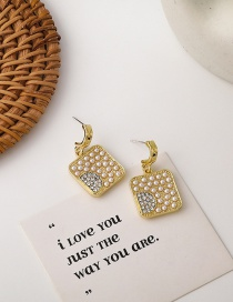 Fashion Gold Color Metal Rhombus Square Pearl And Sparkling Diamond Earrings