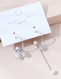 Fashion Silver Asymmetrical Pearl Earrings With Real Gold Plated