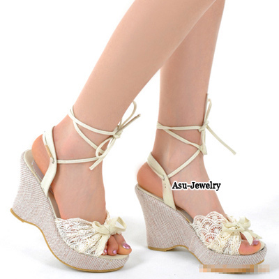 Lovable White Lace Comfortable Charm Design PU Sandals