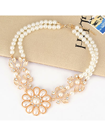 18K White Leave Shape Pearl Flower