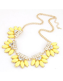 Unusual Yellow Metal Inlaid Diamond Flower Design Alloy Korean Necklaces