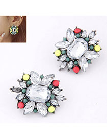 Athena White Diamond Decorated Flower Design