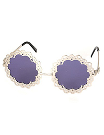 Expensive Silver Color Hollow Out Flower Shape Frame Design Alloy Women Sunglasses