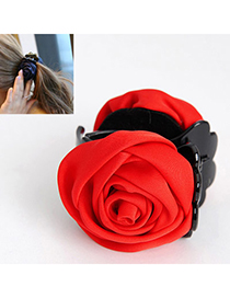 Elegant Red Rose Shape Decorated Simple Design