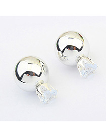 Single Silver Color Diamond Decorated Round Shape Design