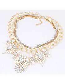 Exquisite Beige Diamond Decorated Flower Shape Pendant Design Alloy Rosin Bib Necklaces