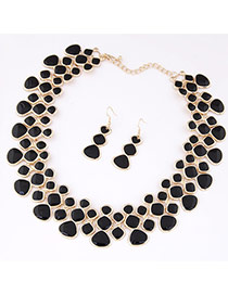 Fashion Black Irregular Geometrical Diamond Decorated Collar Shape Design