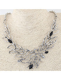 Vintage Anti-silver Hollow Out Leaf Decorated Short Chain Design