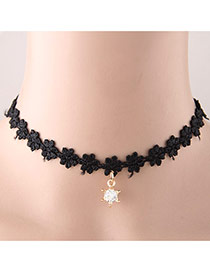 Sweet Black Diamond Pendant Decorated Flower Weaving Short Chain Design