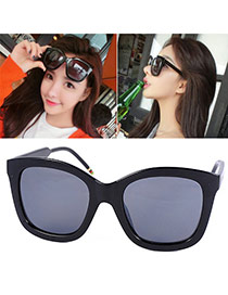 Vogue Black Scroll Ball Leag Big Frame Design Alloy Women Sunglasses