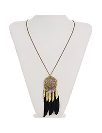 Retro Black Round Pendant Decorated Feather Tassel Design Alloy Chains