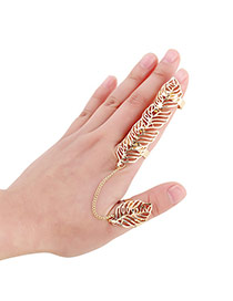 Sweet Gold Color Hollow Out Leaf Shape Decorated Simple Design Alloy Korean Rings
