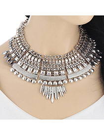 Exaggerated Silver Color Geometric Shape Decorated Short Collar Design