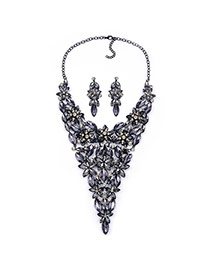Luxury Black Petal Shape Decorated Short Chain Design Alloy Jewelry Sets
