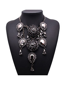 Exquisite Gun Black Waterdrop Diamond Decorated Flower Shape Design Alloy Bib Necklaces