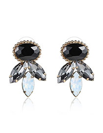Elegant White+black Diamond Decorated Geomestric Shape Design Cz Diamond Stud Earrings