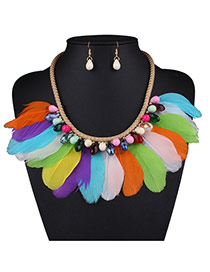 Bohemia Mult-color Feather Tassel Decorated Short Chain Nacklace Set