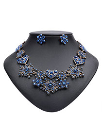 Exaggerated Blue Star&heart Shape Decorated Simple Collar Necklace