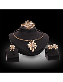 Luxury Gold Color Flower Shape Decorated Simple Jewelry Sets