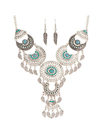 Trendy Green Hollow Out Leaf Pendant Decorated Symmetric Jewelry Sets