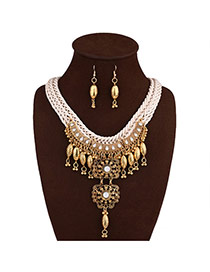 Vintage Gold Color Hollow Out Design Round Shape Pendant Decorated Jewelry Sets