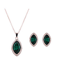 Elegant Green Oval Shape Diamond Pendant Decorated Long Chain Jewelry Sets